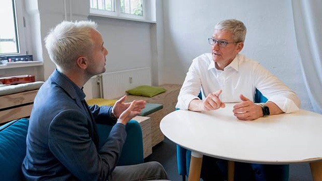 apple-tim-cook-germany-interview